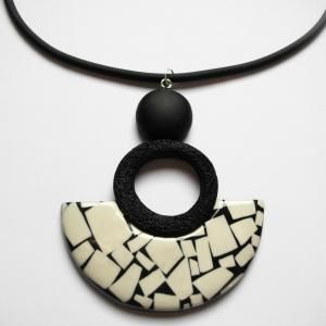 Pendentif (Demi lune) mosaique beige - Vente en ligne de bijoux fimo