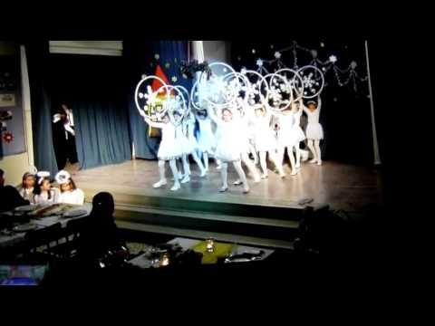 A világ egyik legszebb hópehely tánca - YouTube