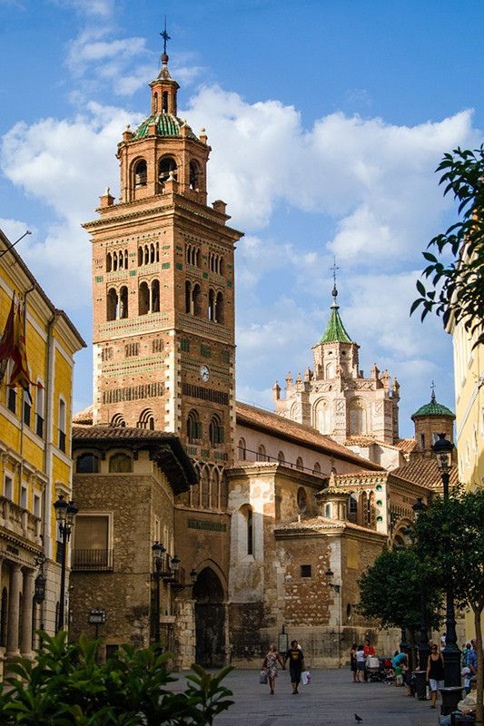 Teruel, Spain (by Rafa u)
