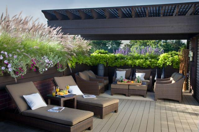 balkon sichtschutz pflanzen k bel holzzaun terrasse. Black Bedroom Furniture Sets. Home Design Ideas