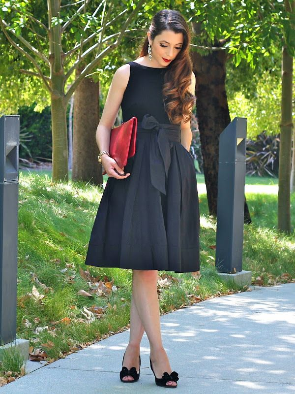 For A Black Tie Wedding A Classic Lbd Is Always A Safe