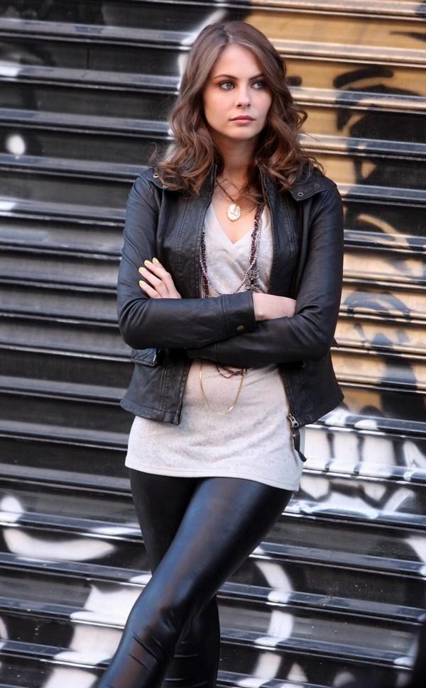 Willa Holland as Alethea Harper