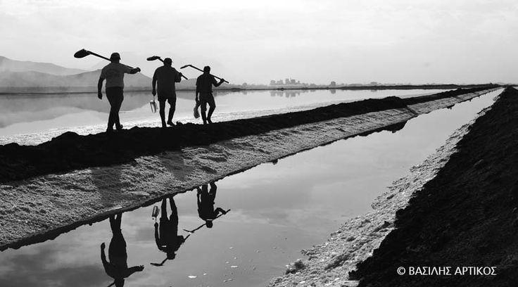 Bασίλης Αρτίκος: «Στον καιρό της φλυαρίας»  ας μιλήσουμε με εικόνες