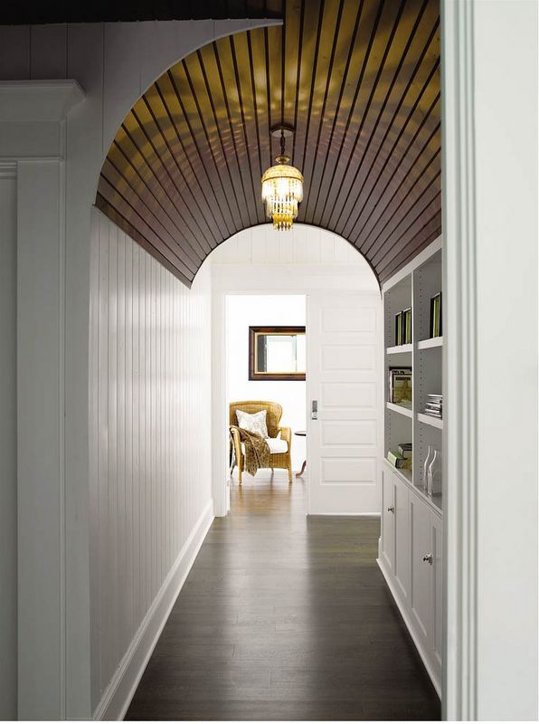 CASA TRÈS CHIC: CASA EM WHIDBEY ISLAND :: How beautiful is that arched wooden ceiling?!