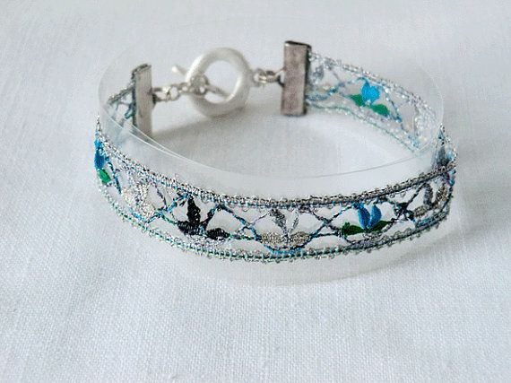 bracelet handmade bobbin lace out of yarn silver with by UliBaysie, €39.90