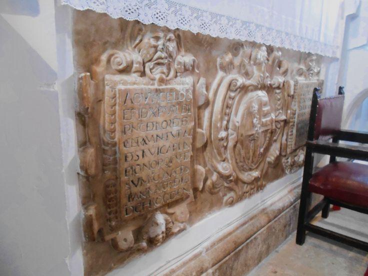 Huerta de Valdecarábanos. Cenotafio del Doctor Rincón. Iglesia de San Nicolás de Bari.