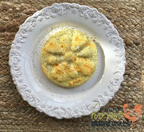 Mini egg omelette in the pressure cooker