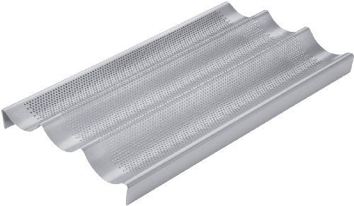 Chicago Metallic Commercial II Non-Stick Perforated Baguette Pan Chicago Metallic http://www.amazon.com/dp/B003SZBSUK/ref=cm_sw_r_pi_dp_.Acewb03Z5H6S
