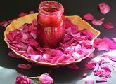 nalewka z płatków róży: Przepisy, jak zrobić - Smaker.pl