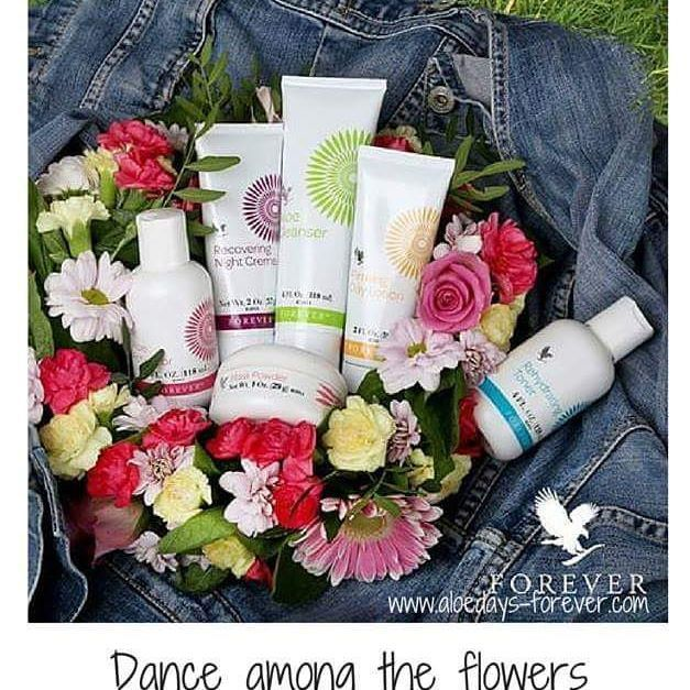 🌸 Be carefree this summer with Flower of Youth Skincare 🌸  #SummerLoveYourBody Aloe Fleur de Jouvence kit is a skin care program that…