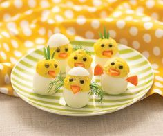 Turn deviled eggs into adorable hatching chicks!│Chick Deviled Eggs Recipe