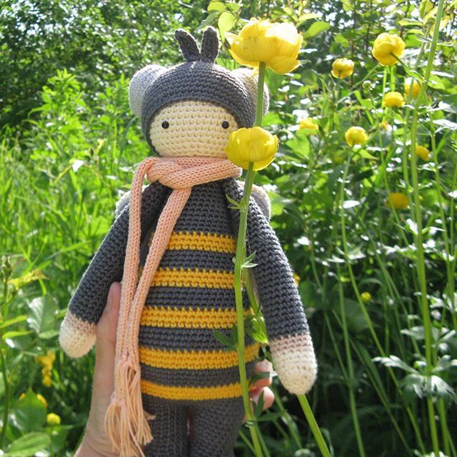 honeybee / Songbird studio; #baby #toys #crochet #garden #bee #honeybee #handmade #toys #knitting #lalylala #amigurumi #songbirdstudio #summer #yellow #flower