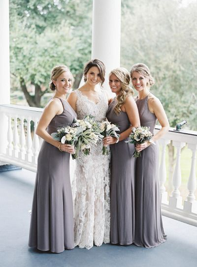 So incredibly stunning: http://www.stylemepretty.com/2015/06/09/elegant-lowndes-grove-plantation-wedding-3/ | Photography: Virgil Bunao - http://virgilbunao.com/