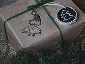 бирка, упаковка, упаковка подарков, крафт бумага, крафт, бирки на подарки, сделай сам, маме, брату, подарки на новый год, подарки близким, грифельная краска, подписываем подарки