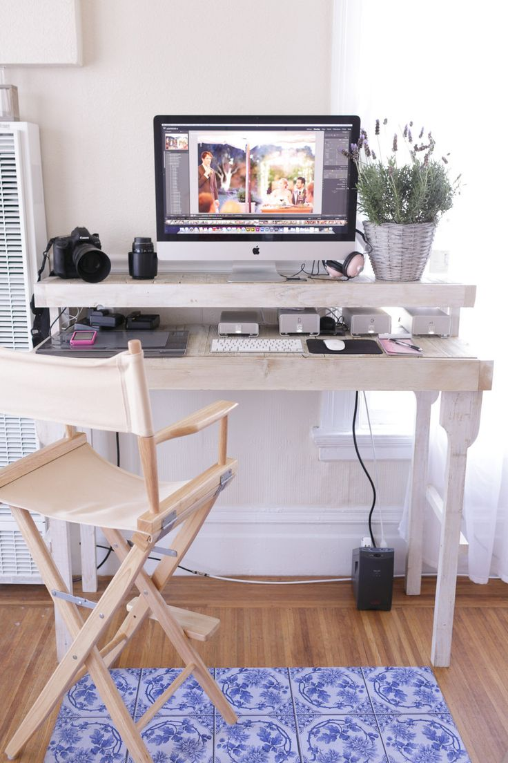 Desk kickstand furniture - Reclaimed Wood Standing Desk In Antique White With Removable Legs Standing Desk Standingdesk
