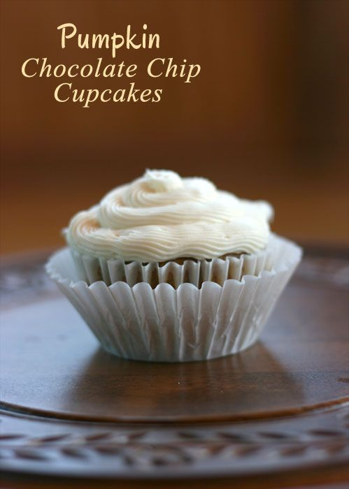 Pumpkin Chocolate Chip Cupcakes Recipe - Midwestern Meals