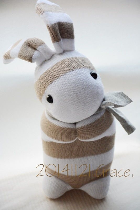 sock rabbit - would love to make this for my granddaughter
