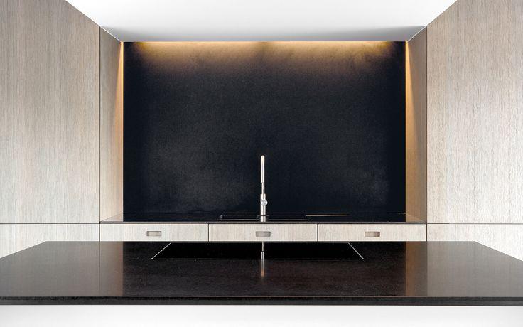 Witte Hoogglans Keuken Met Taupe Muur : ... witte hoogglans keuken met ...