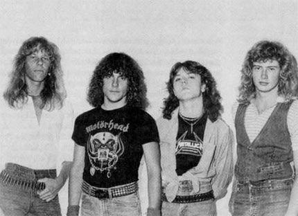 En 1981, Comienza un proyecto que llevaria el nombre de Metallica, James Hetfield(Guitarra y Voz), Ron McGovney(Bajo), Lars Ulrich(Bateria) y Dave Mustaine(Guitarra) siendo esta la primera formación de esta gran banda.