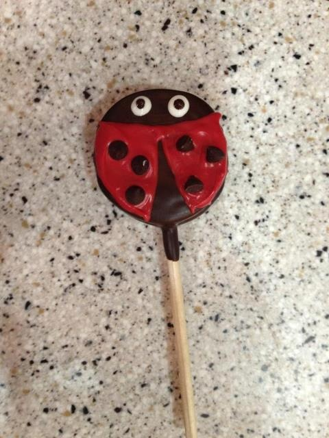 Lady Bug Dipped Oreo Party Favors: Dipped Oreo