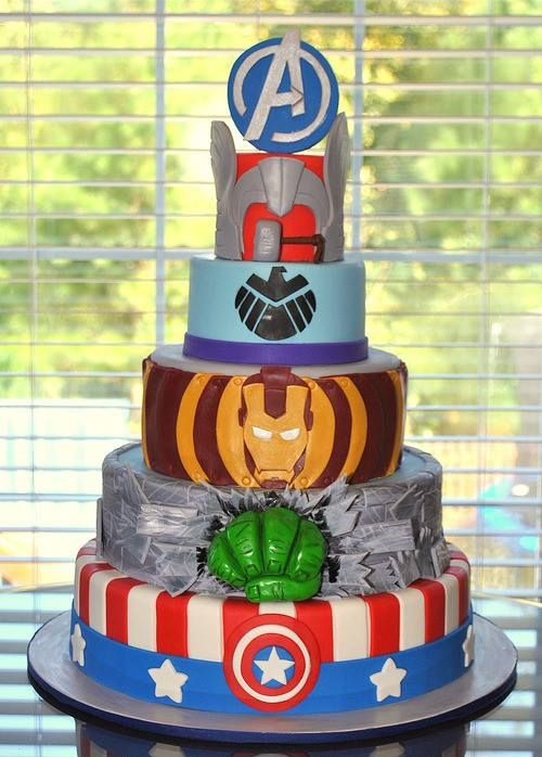 Finally a superhero cake that's just Marvel! Lame people trying to mix universes... #Avengers #cake