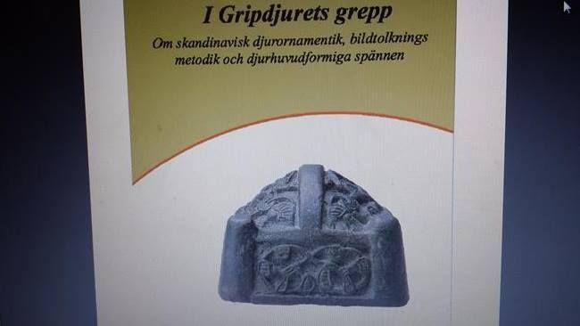 Brosze w kształcie główek . Animal Head Brooch . Na sprzedaż . For sale . www.szepczacekruki.pl - 104135662435989038731 - Picasa Web Albums