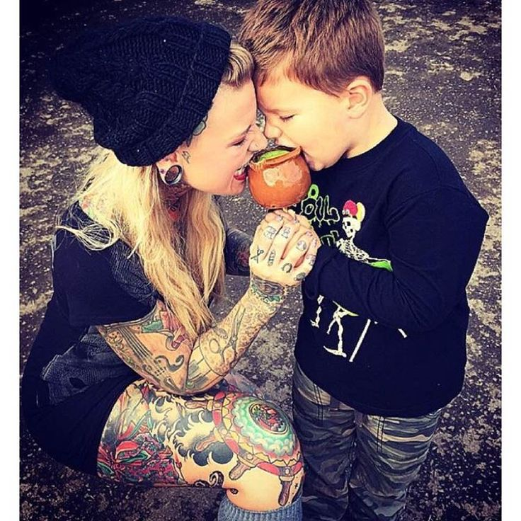 """@tattooed_icandy no Instagram: """"Be sure to check out IG's top page for tattooed parents  @inkt.parents M @kenzylee503"""""""