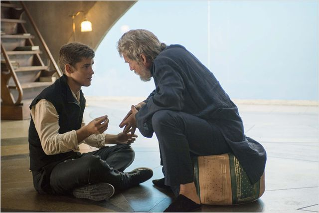 The Giver : Photo Brenton Thwaites, Jeff Bridges