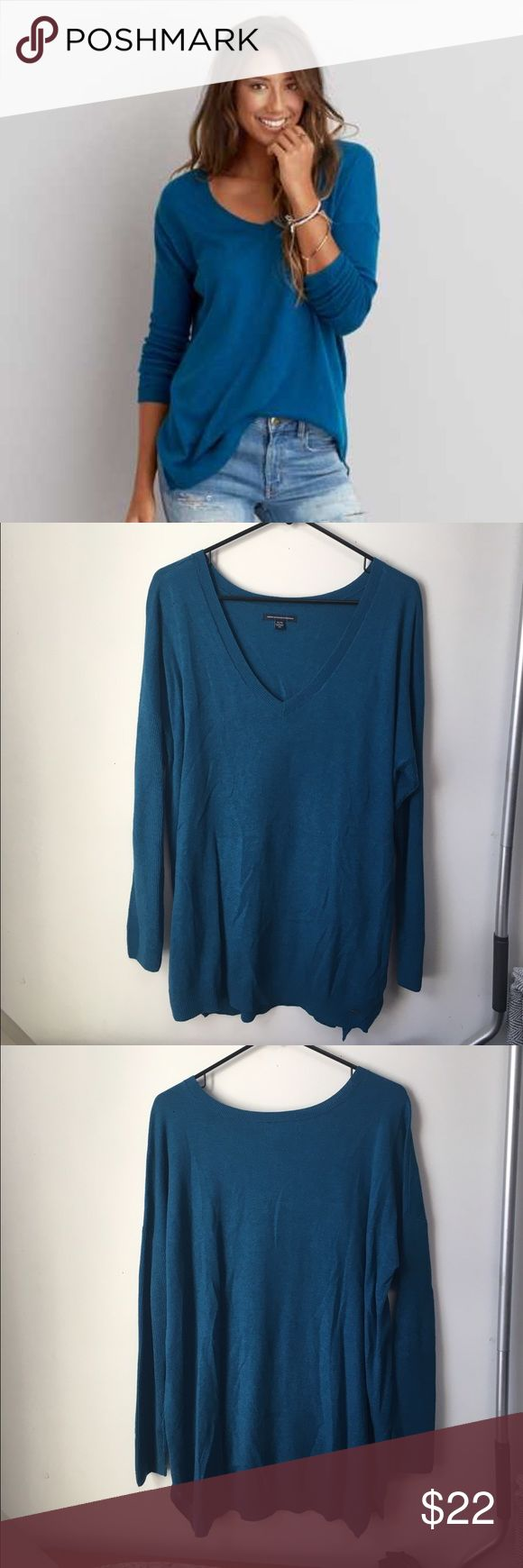 American Eagle Jegging Sweater Teal American eagle jegging sweater worn about 3 times. Size xl. Also have this in maroon just not listed yet American Eagle Outfitters Sweaters V-Necks