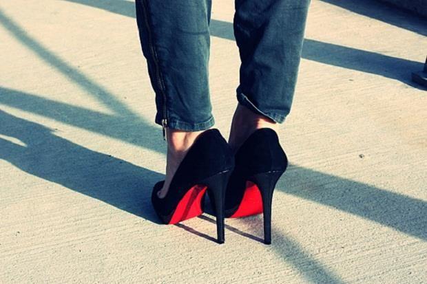 Обувь с музыкальной подошвой