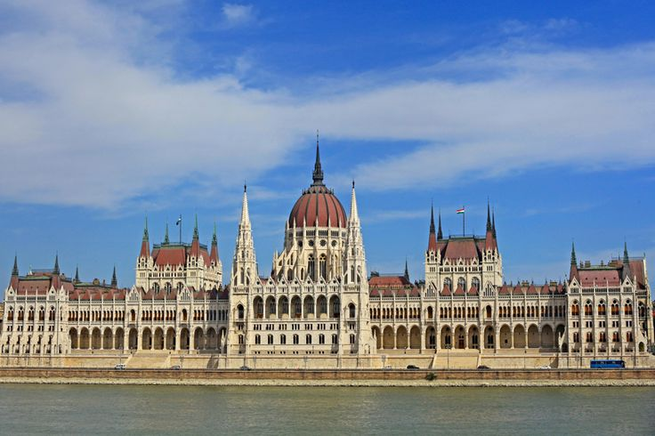 Bestway offers small cultural group tours and family holiday packages at affordable prices. Get best deals on Europe group tours with us.