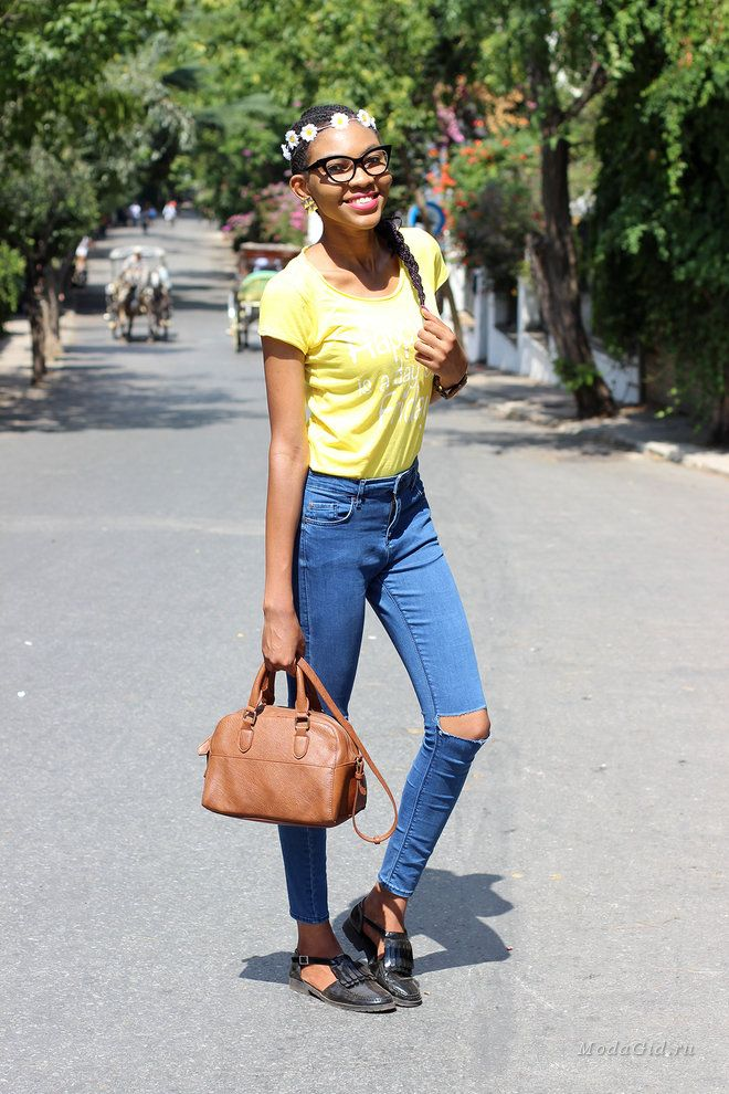 Уличная мода: Нигерийская студентка-медик Onyinye освещает уличную моду Украины