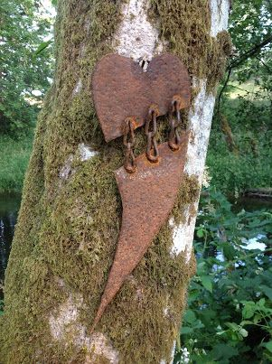 Kathi's Garden Art Rust-n-Stuff: Rusty Heart Art