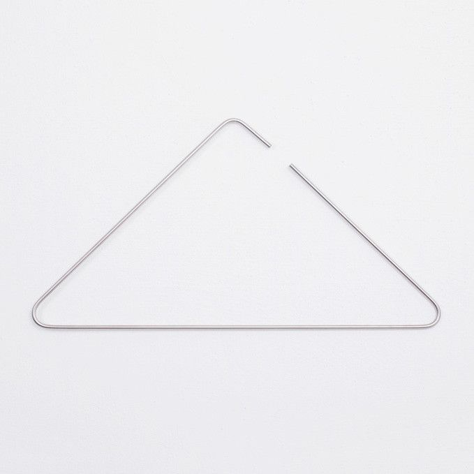 Minimalist triangle metal hanger #ceiling-light #minimalist #silver