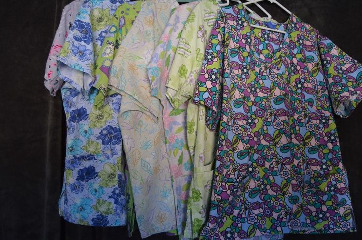 Ladies scrub top Large L bundle 7 styles carol's cherokee SB No Reserve #scrubs #large #7styles