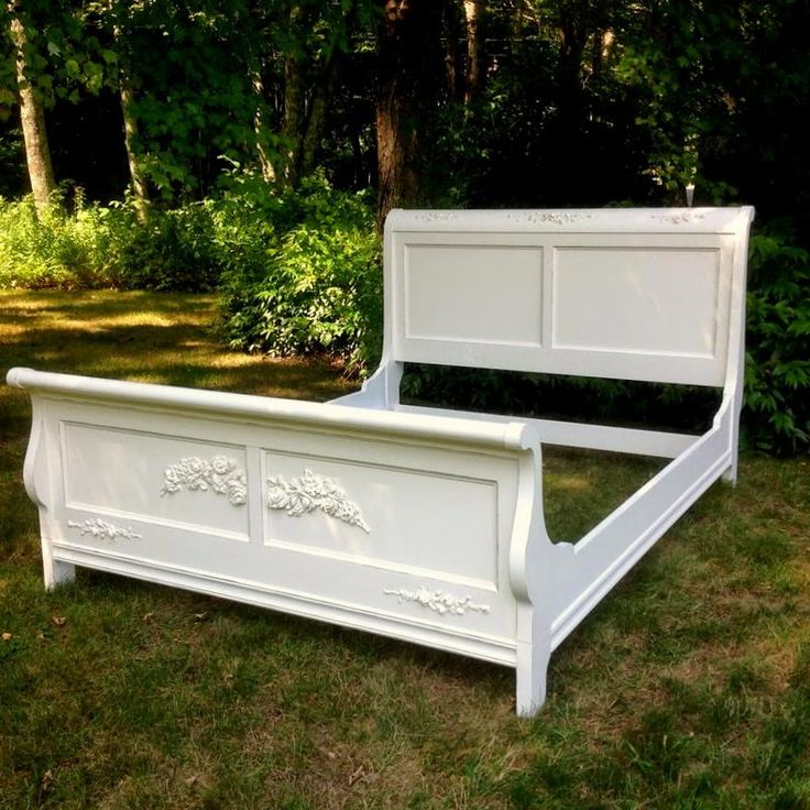 Best Queen Size Painted Shabby Chic Bed With Rose Appliques 400 x 300