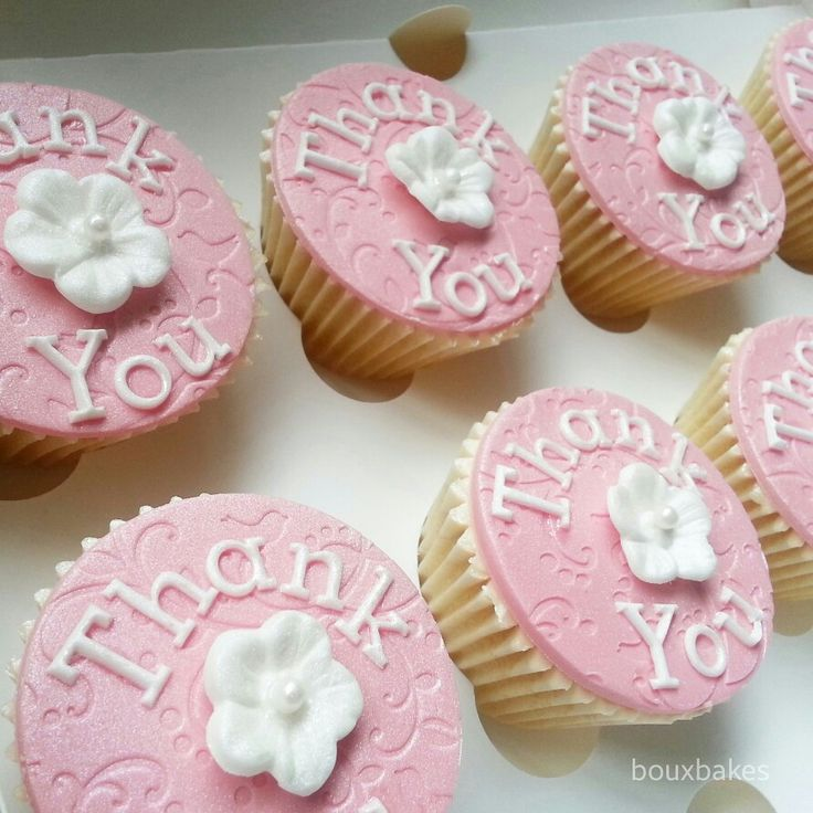 Pink and white Thank You cupcakes!