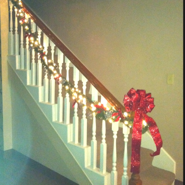 Best 25+ Banister christmas decorations ideas on Pinterest ...