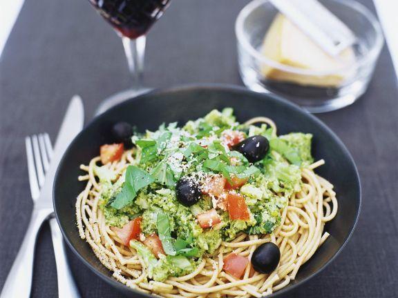 Die köstliche Gemüsepasta macht dank reichlich Ballaststoffen lange satt. Hier gibts das Rezept: