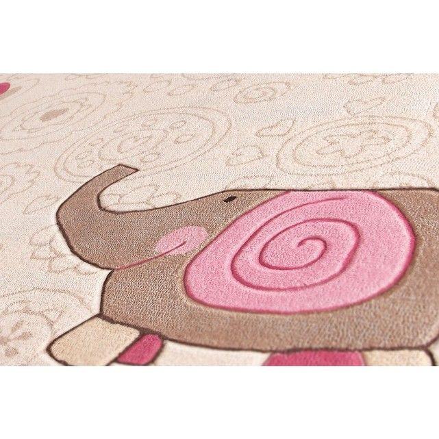 Tapis Enfants - HAPPY ZOO ELEPHANT en Acrylique, par Sigikid, Tapis pour enfant . Tapis de la marque Sigikid – distribué par Unamourdetapis. Hauteur du velours : 10 mm - Composition : Acrylique – Fabrication : Tufté main – 2700 Gr/m2. Entretien : Aspirateur / Nettoyage à sec C'est un tapis neuf n'ayant jamais été utilisé – Le tapis vous est  expédié par Fedex.  Vous disposez d'une période d'essai de 30 jours pour ce tapis.   Le délai maximum d'expédition est de 16 jours. La livr...
