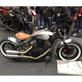 #Indian #indian #moto #motorcycle #motolegende #concept #retro #retrocycle #gris #rodtrip #race #paris #france