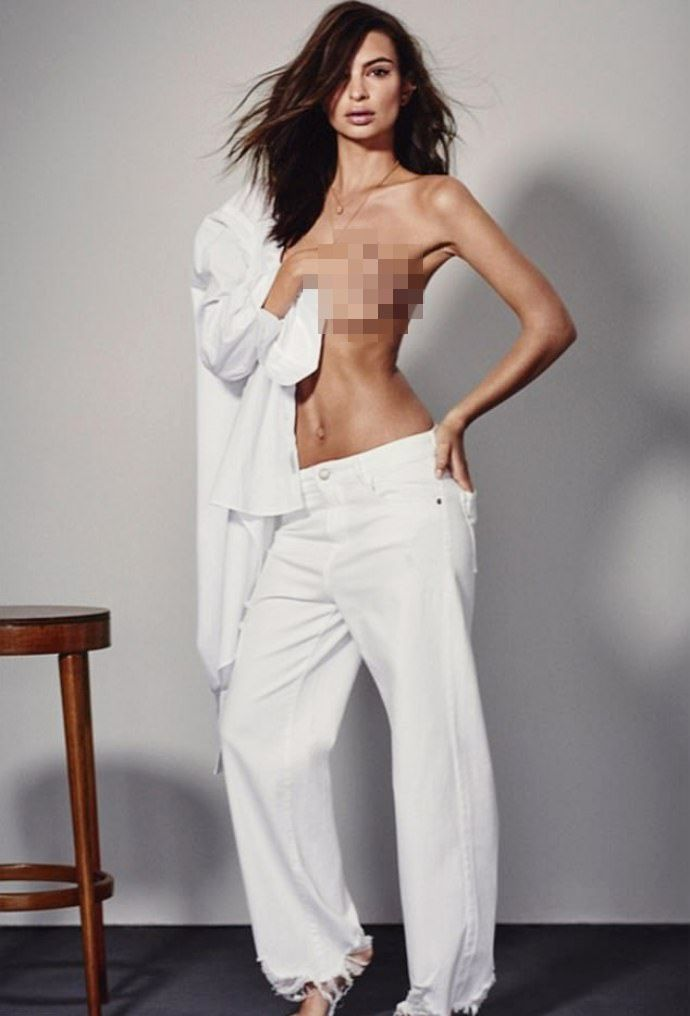 Emily Ratajkowski Goes Topless for Denim Brand DL1961s New Campaign  The Blurred Lines babe strips down to various denim items in some photos for the posh denim brands latest campaign.  Emily Ratajkowski is no stranger to flashing plenty of skin in sexy photo shoots. The 26-year-old British-born model/actress shows off her incredible figure as she goes topless while modeling various denim items for the latest campaign of posh denim brand DL1961.  In some photos for the Spring/Summer 2018…