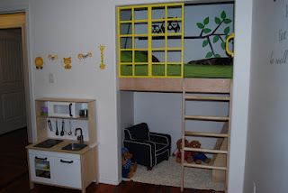 I love this toddler LOFT BED project. This would make the whole room usable for play!