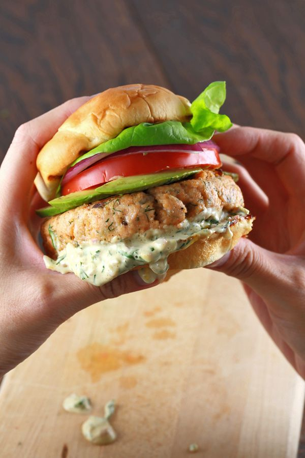 SALMON BURGERS WITH LEMON DILL SAUCE