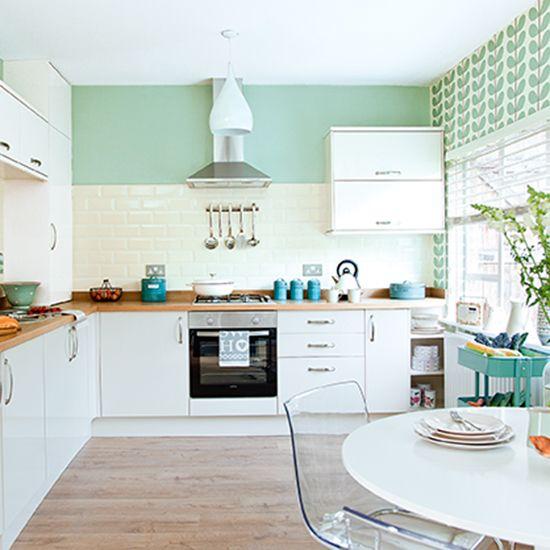 Kitchen Island Kickboard: 35 Best Cream Gloss Kitchens Images On Pinterest
