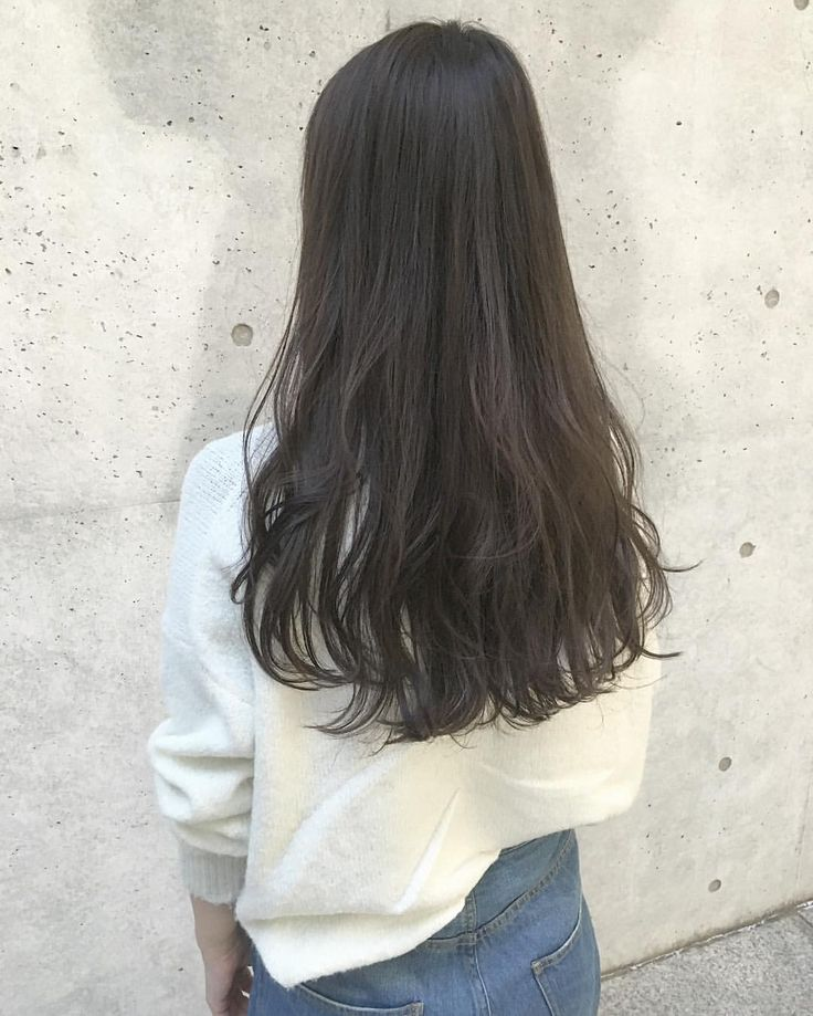 アッシュグレージュカラー★ ・ ・ *暗めでも重たくなりすぎない仕上がりにしたい方 *暗めでも透明感のあるアッシュにしたい方 ・ ・ カジュアルなfashionに合うヘアスタイルはお任せください!! 是非ご相談お待ちしています☺︎ ・ ・ 【cut&color】 16,800yen ・ ・  #shima #shimakichijoji #hair #hyke #highright #long #layer #ash #acnestudios #cut #color #celine #grey #long#髪型#ヘアスタイル#ヘアカラー#ロング#ロングヘア#ダークカラー#ダークグレージュ#ロングヘア#ランダムウェーブ#アッシュ#グレージュ#梨花#大人カジュアル#オトナミューズ#ファッジ#GINZA