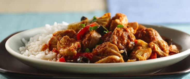 Spice up your Spanish dinner with slow cooked chicken, sausage and vegetables.
