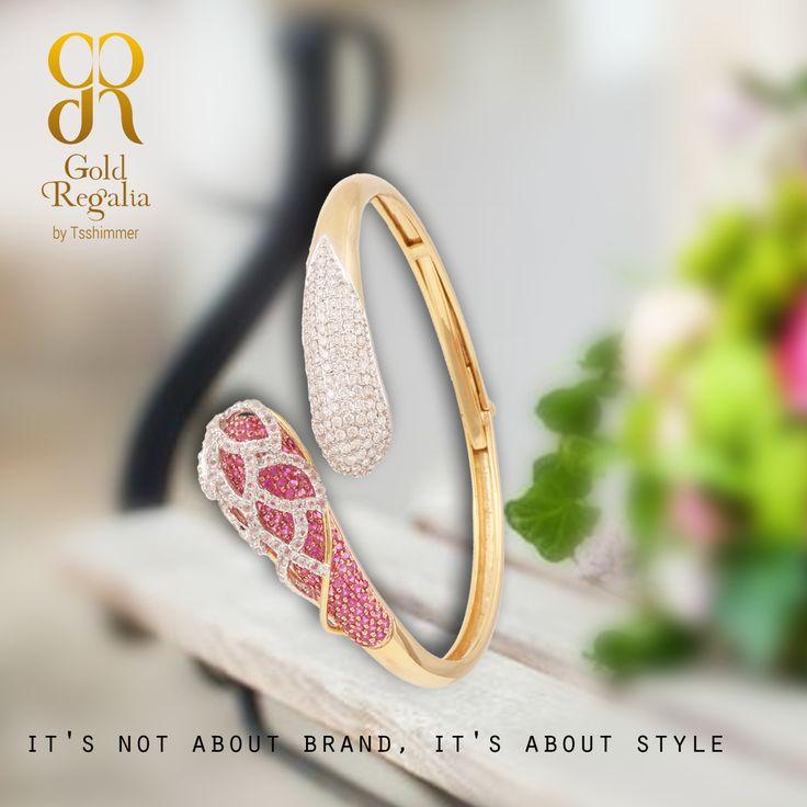 Stunning designs that defines style! : http://www.goldregalia.com  #WomensJewelry #ClassyJewelry #DiamondJewelry