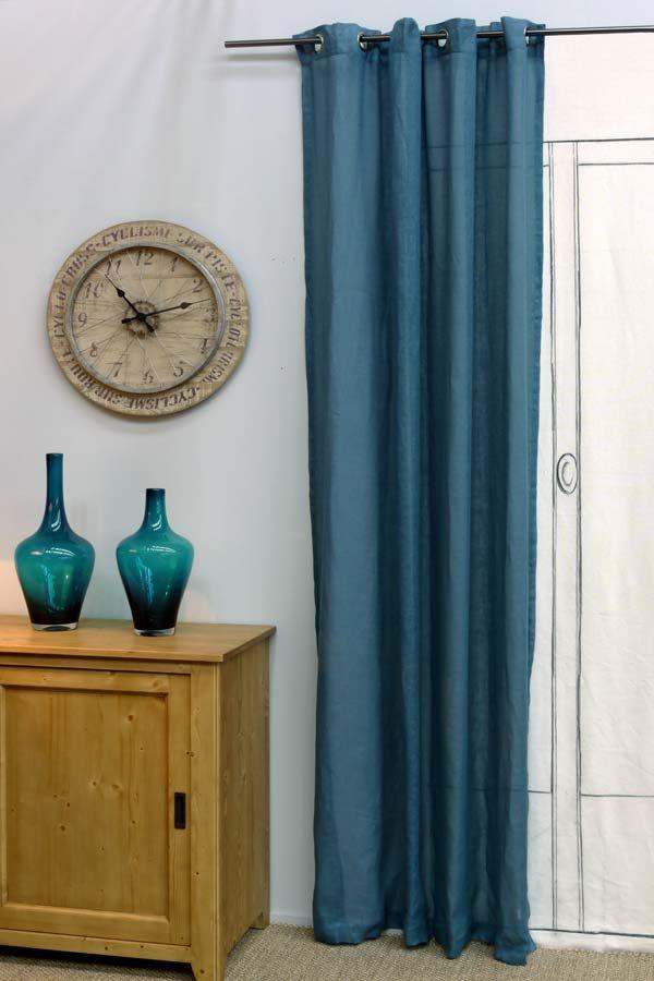 Rideau bleu en lin - Collection Atelier www.interiors.fr