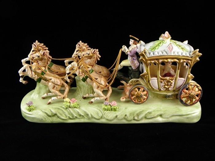 Capodimonte cinderella horse carriage figurine statue ...
